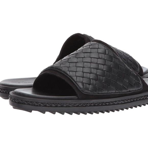 6a254f27bf5d Tommy Bahama sandals Slide black woven men size 14